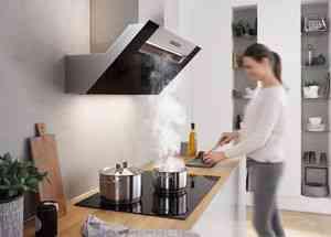 berbel gl nzt mit kopffreihaube ergoline 2 das b2b magazin f r die. Black Bedroom Furniture Sets. Home Design Ideas